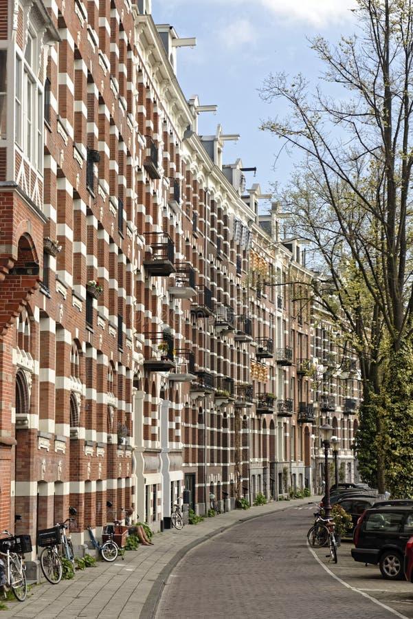 Chaussée à Amsterdam, Hollande photographie stock libre de droits