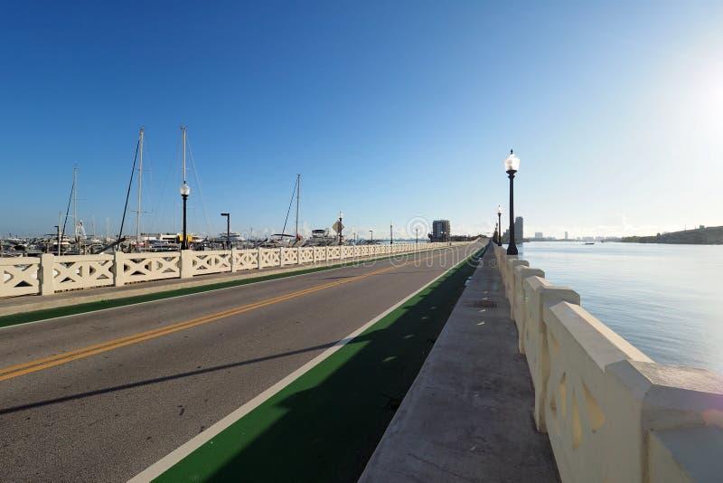 Chaussée vénitienne entre Miami et Miami Beach, la Floride photos libres de droits