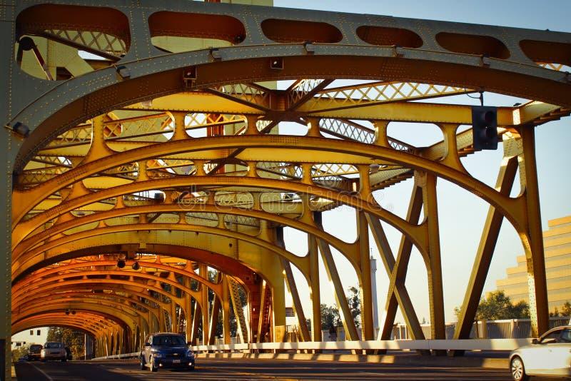 Chaussée vieux Sacramento la Californie de pont de tour photos libres de droits