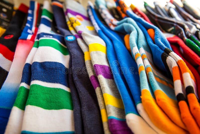 Chaussettes colorées images libres de droits