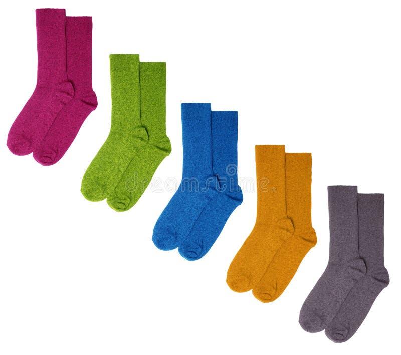 Chaussettes colorées d'isolement sur le fond blanc photographie stock libre de droits