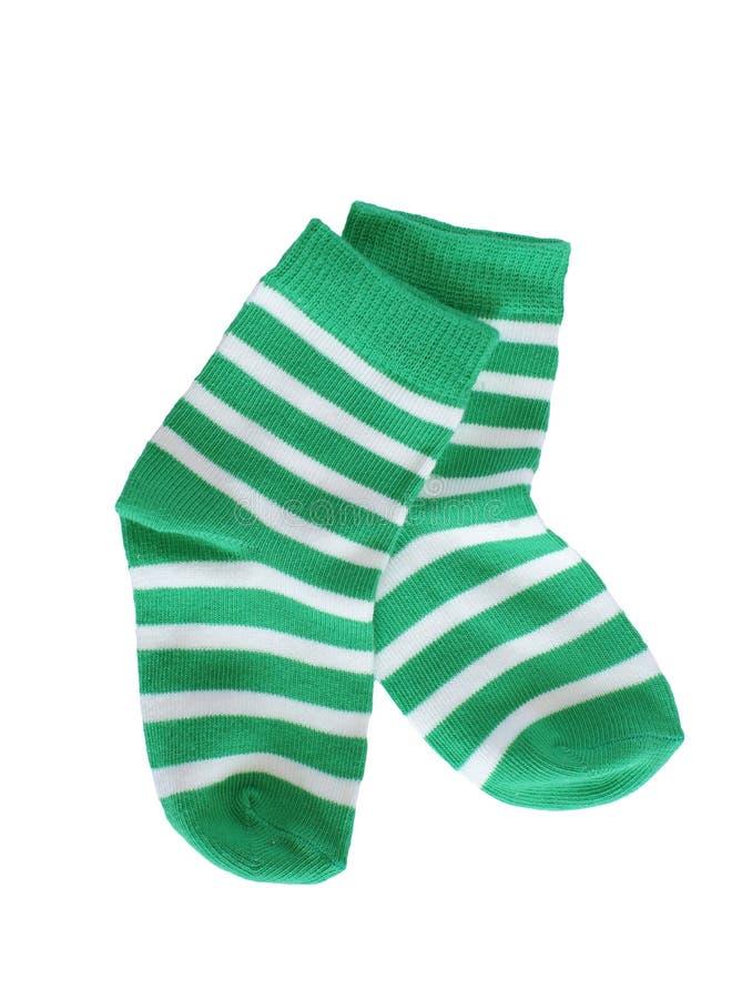 Chaussettes rayées vertes de bébé image stock