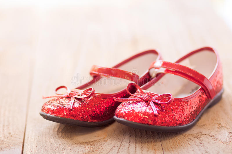 Chaussons rouges photographie stock