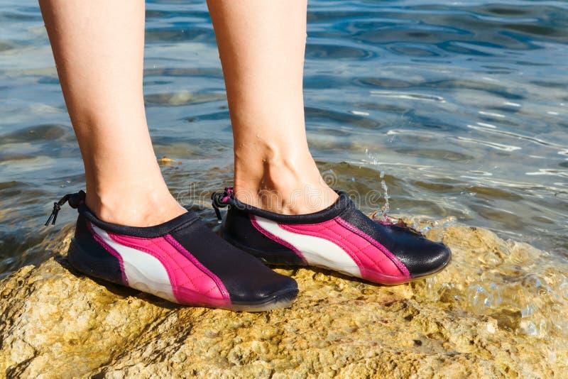 Chaussure de l'eau photos stock