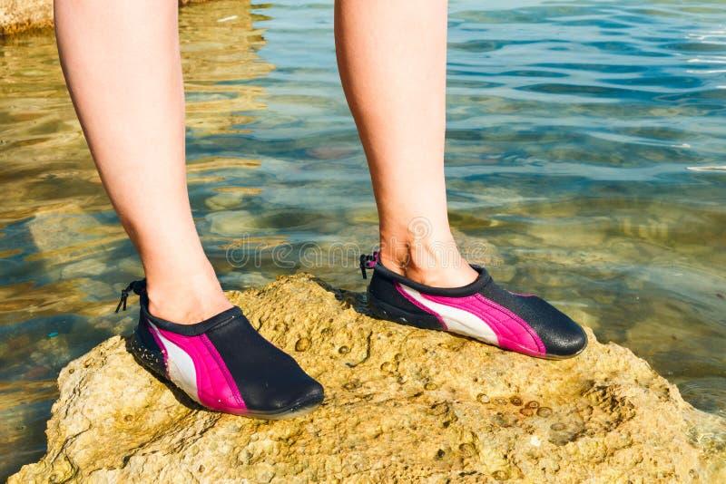 Chaussure de l'eau image stock
