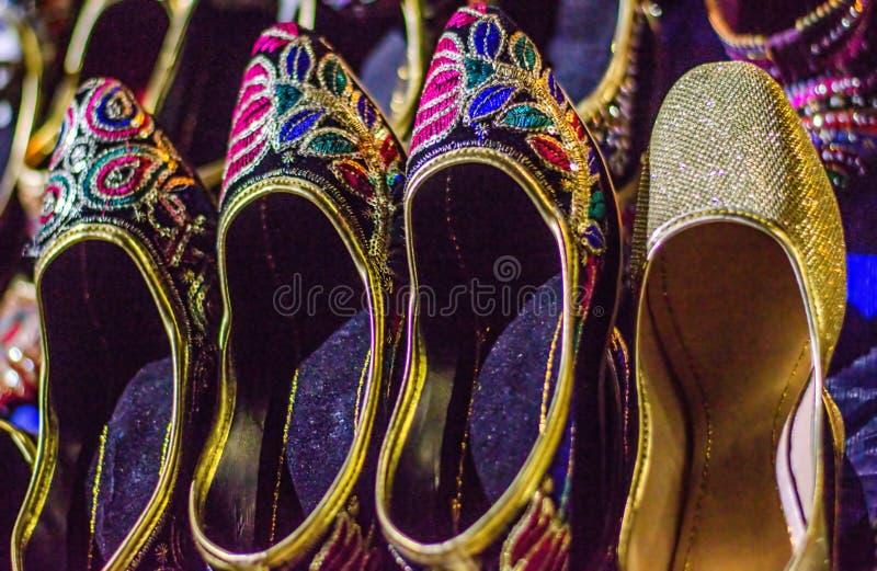 Chaussure Handcrafted de femmes photographie stock libre de droits