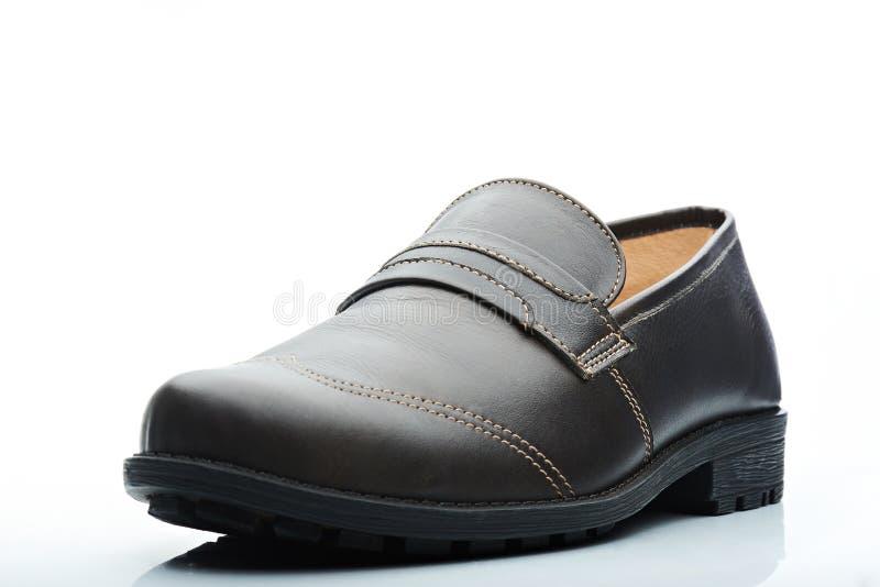 Chaussure occasionnelle en cuir foncée d'hommes photographie stock