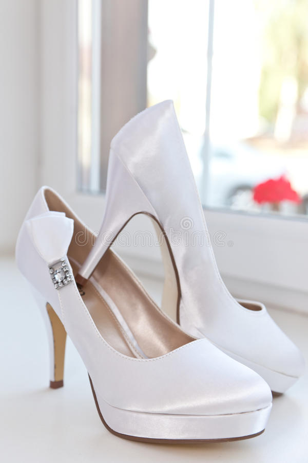 Chaussures blanches images stock