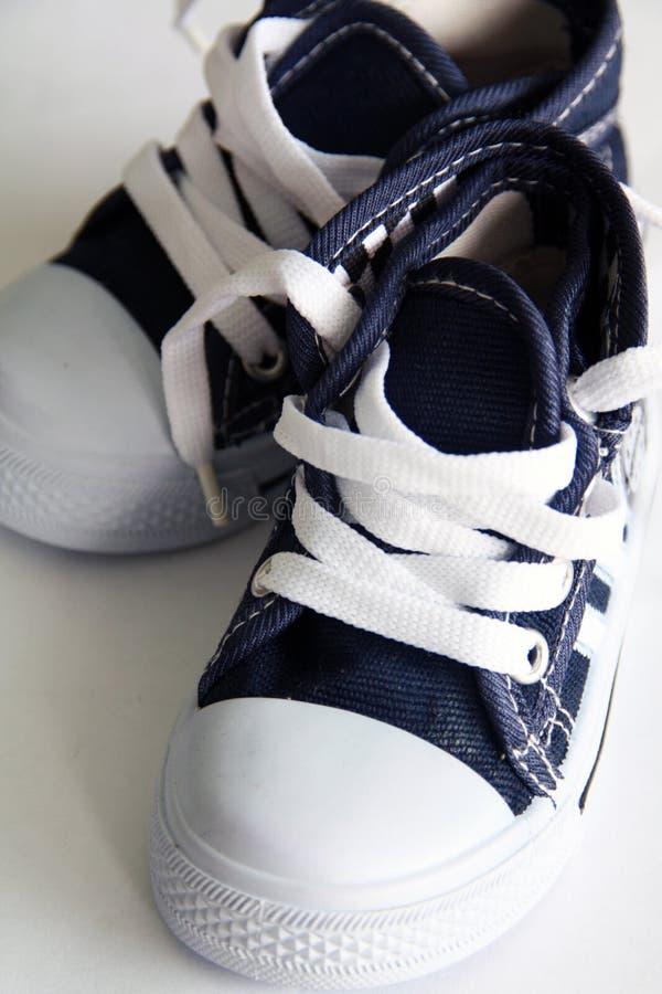 Chaussures d'enfants photos stock