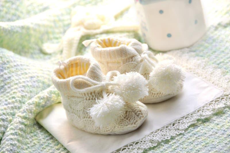 Chaussures de bébé photos libres de droits