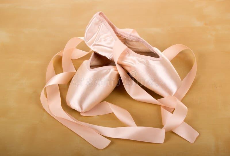 Chaussures de ballet images stock