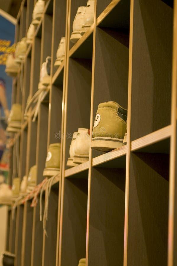 Chaussures de bowling images libres de droits