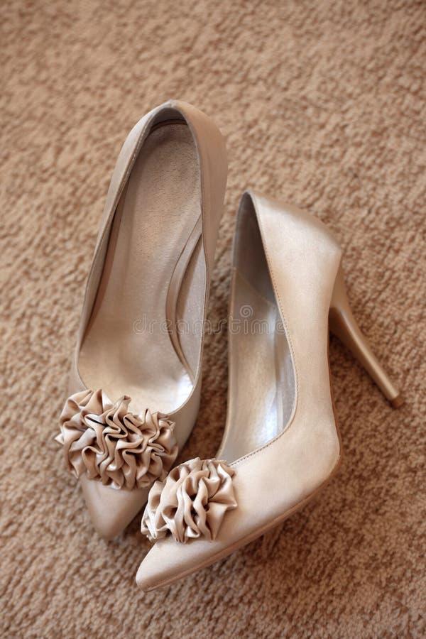 Chaussures de mariage photos stock