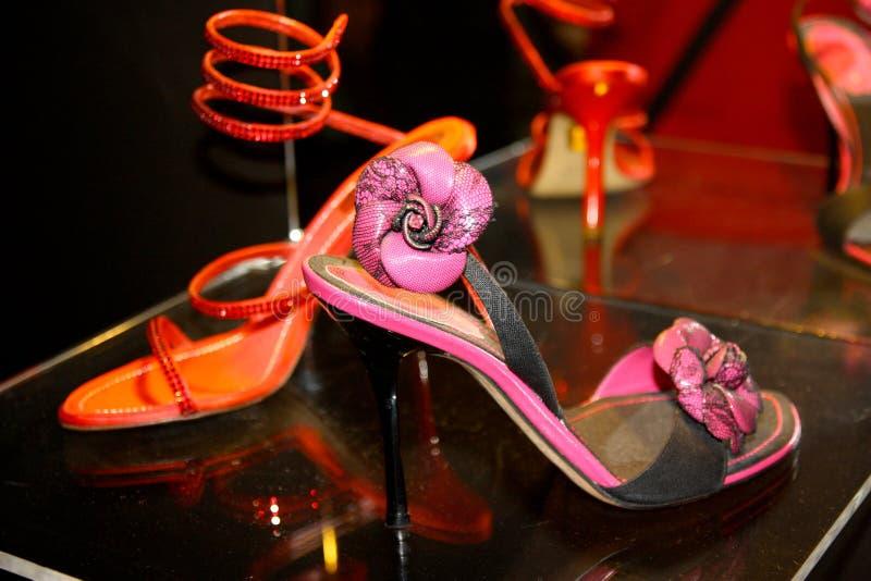 Chaussures de René Caovilla dans Vig photo libre de droits