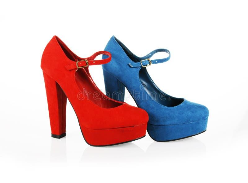 Chaussures de suède d'isolement sur le blanc photo stock