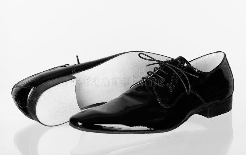 Chaussures en cuir de la danse des hommes italiens photo stock