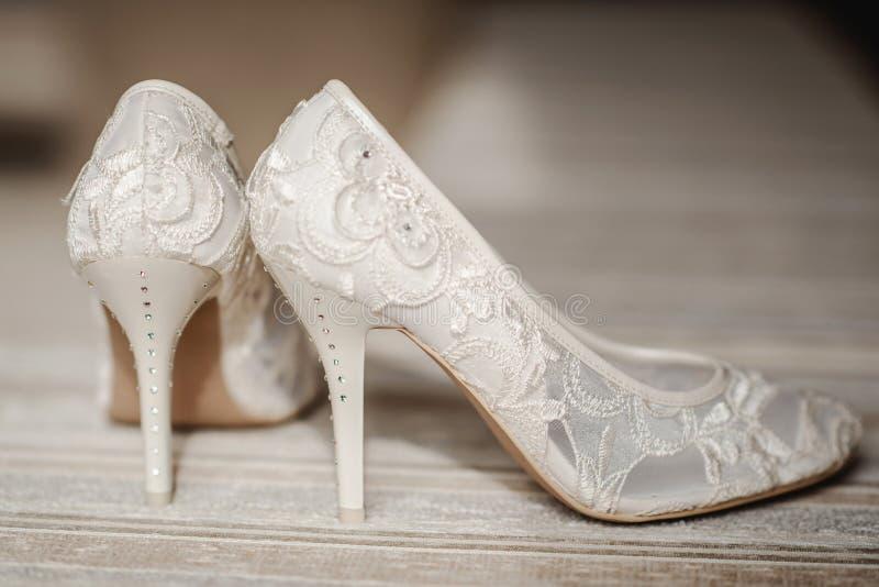 Mariage Chaussures Photo De du Image type stock Modernes EYWID9H2