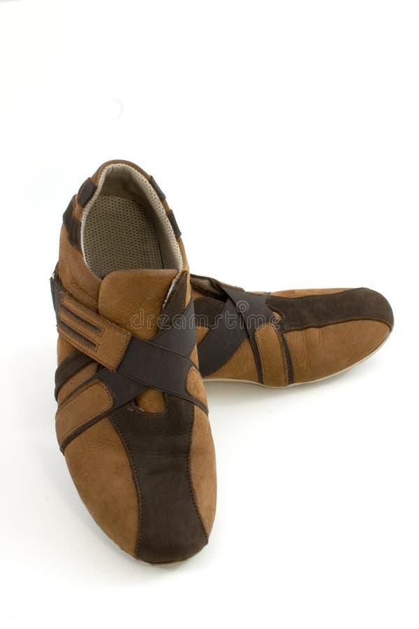 Chaussures occasionnelles d'isolement de Brown photos libres de droits