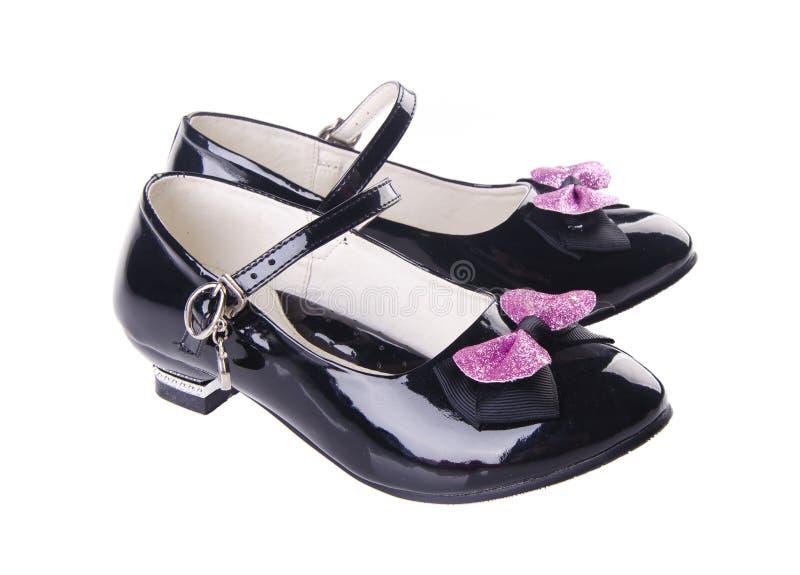 Chaussures pour des filles sur le fond image libre de droits