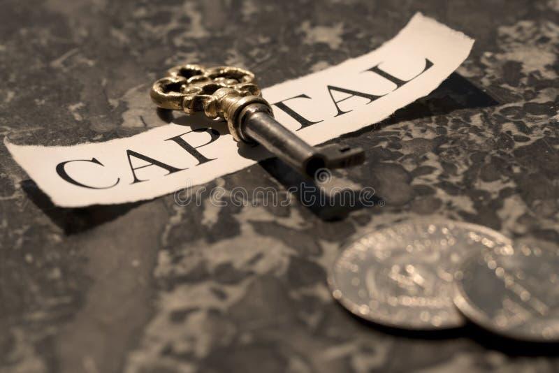 A chave ao capital fotos de stock royalty free