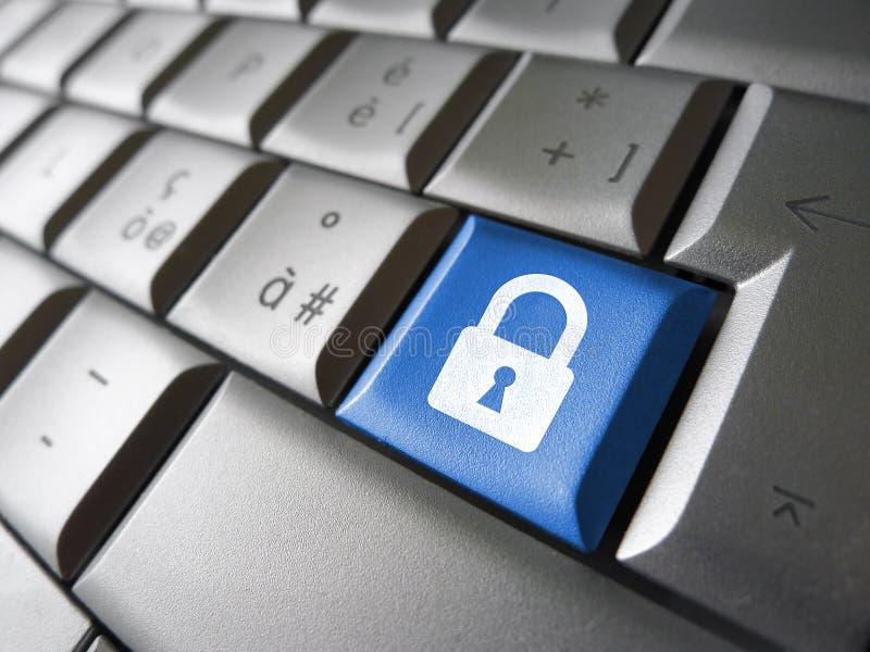 Chave da segurança de dados do computador imagens de stock