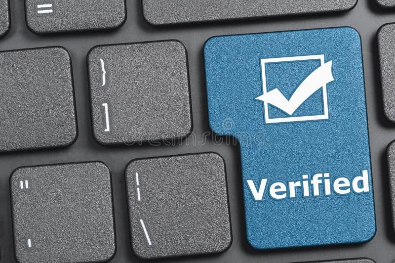 Chave verificada no teclado fotos de stock royalty free