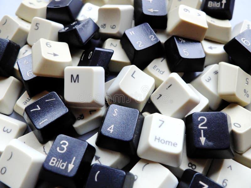 Chaves de teclado preto e branco do computador, na maior parte numéricas com os botões da aprendizagem de máquina do ML na parte  foto de stock royalty free