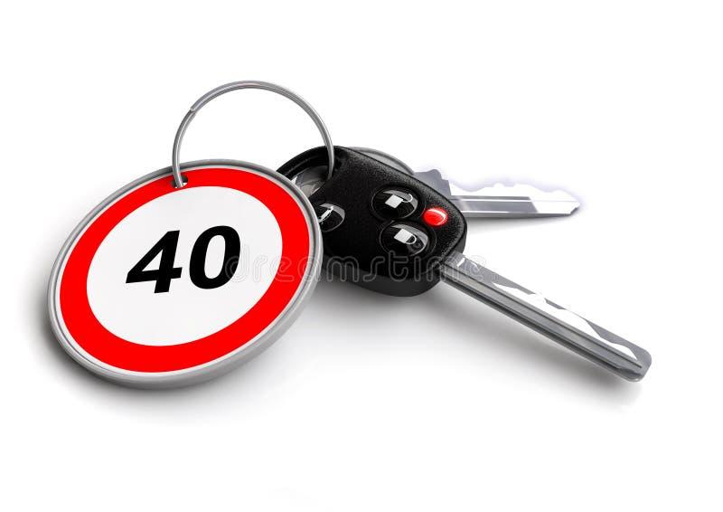 Chaves do carro com sinal de estrada do limite de velocidade no keyring ilustração do vetor