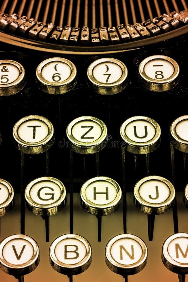 Chaves em uma máquina de escrever fotos de stock