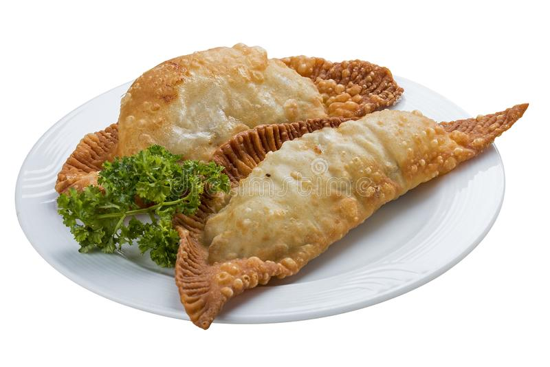 Cheburek - tarte frit avec de la viande et des oignons image libre de droits