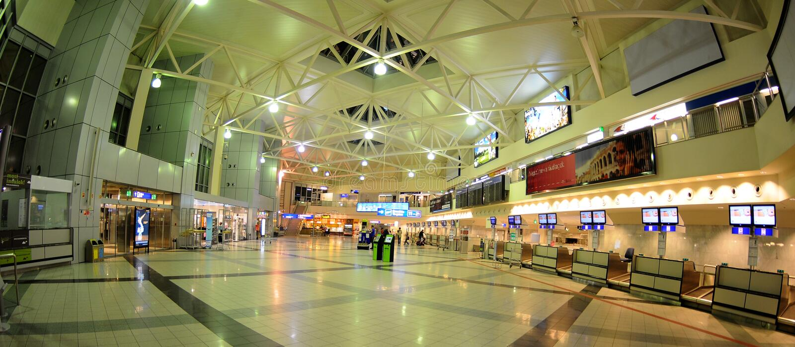 Download Check-in In Budapest Aiport Ferihegy Editorial Stock Photo - Image: 16565243