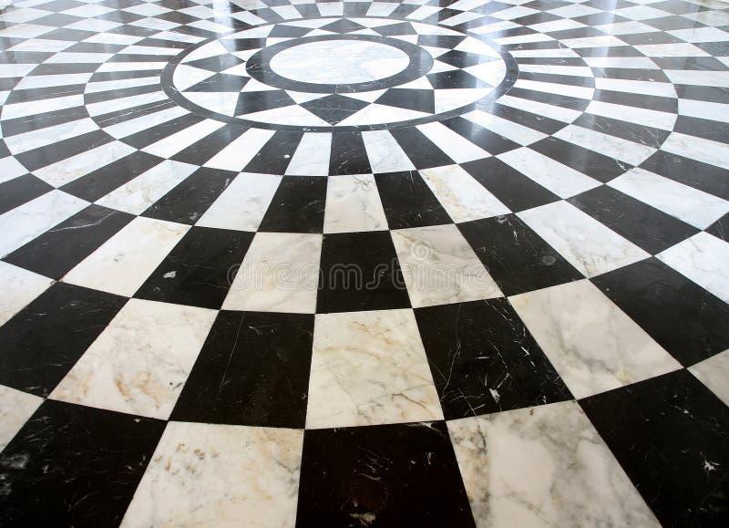Checkered Marmorfußbodenschwarzweiss-muster stockfoto