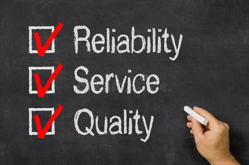 Checklisten-Zuverlässigkeit, Service und Qualität lizenzfreie stockfotos