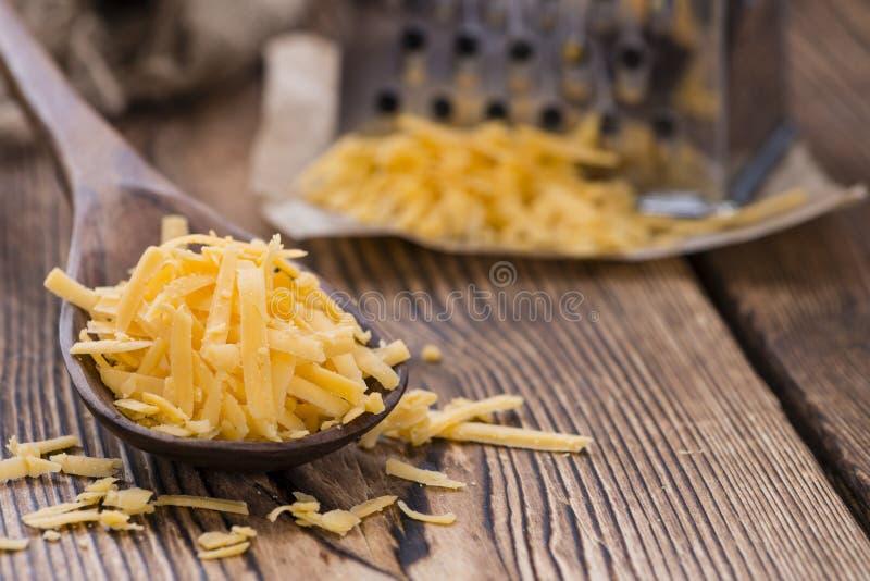 Cheddar-Käse (zerrieben) lizenzfreies stockfoto