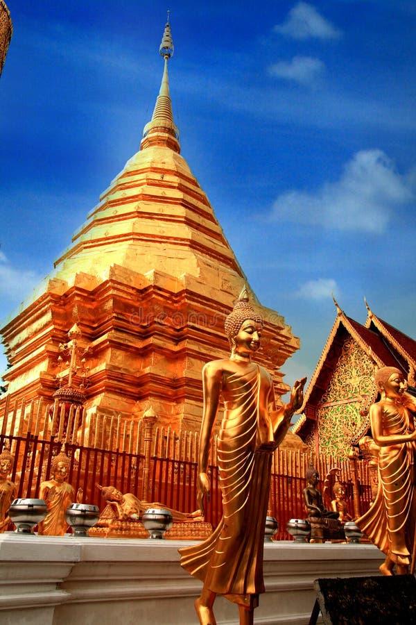 Chedi de Wat Phrathat Doi Suthep photos libres de droits