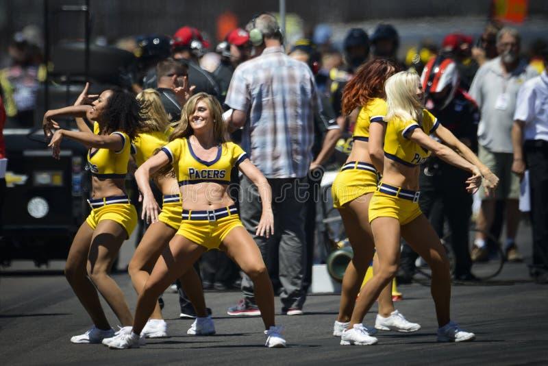 Cheerleadern im Indianapolis 500 2014 lizenzfreies stockfoto