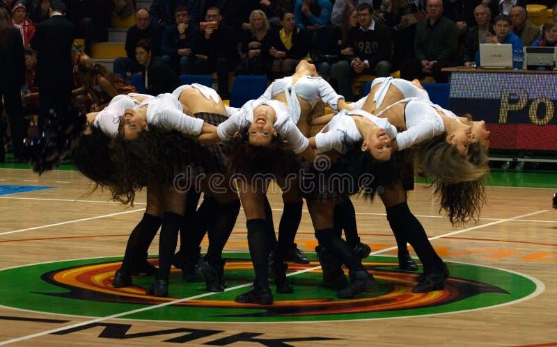 Cheerleaderteam UMMC. Euroleague 2009-2010. stockfotos