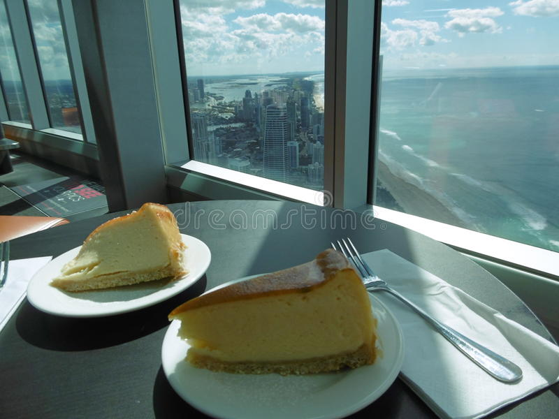 Cheescake avec la vue photos stock
