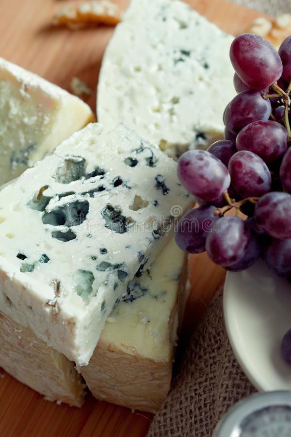Free Cheese Still Life With Red Grapes And Walnuts Royalty Free Stock Photography - 20231147
