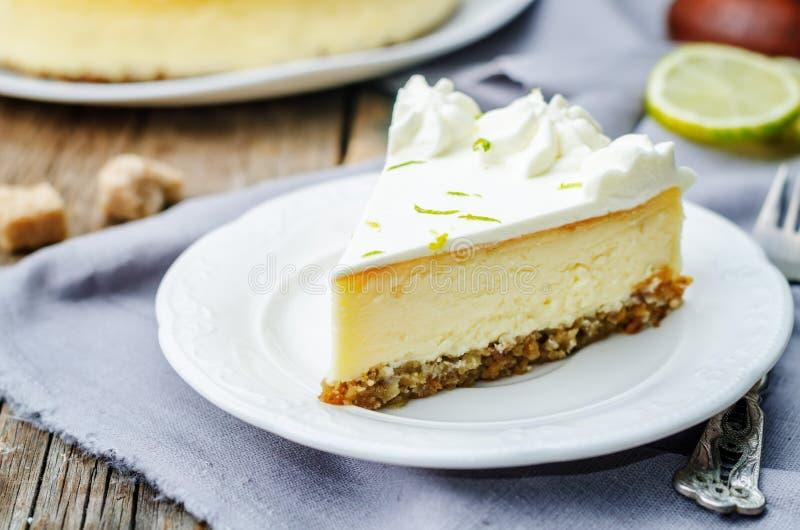 Cheesecake ασβέστη στοκ εικόνες