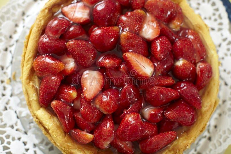 cheesecake κάλυμμα φραουλών στοκ εικόνα