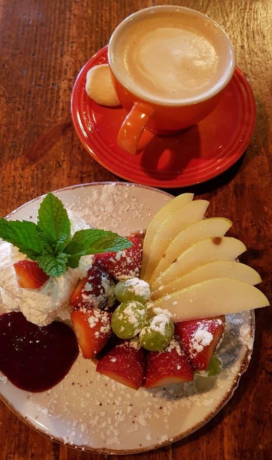 Cheesecake και καφές στοκ φωτογραφίες με δικαίωμα ελεύθερης χρήσης