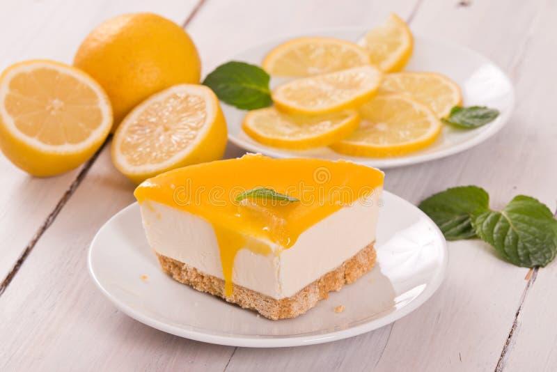 Cheesecake λεμονιών στοκ φωτογραφία με δικαίωμα ελεύθερης χρήσης