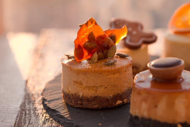Cheesecake Χριστουγέννων παραδοσιακή συνταγή χειμερινών κέικ Cheesecake φέτα στοκ φωτογραφίες με δικαίωμα ελεύθερης χρήσης