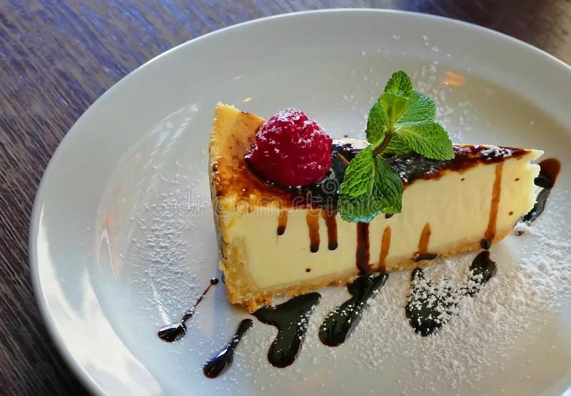 cheesecake on a plate royalty free stock images