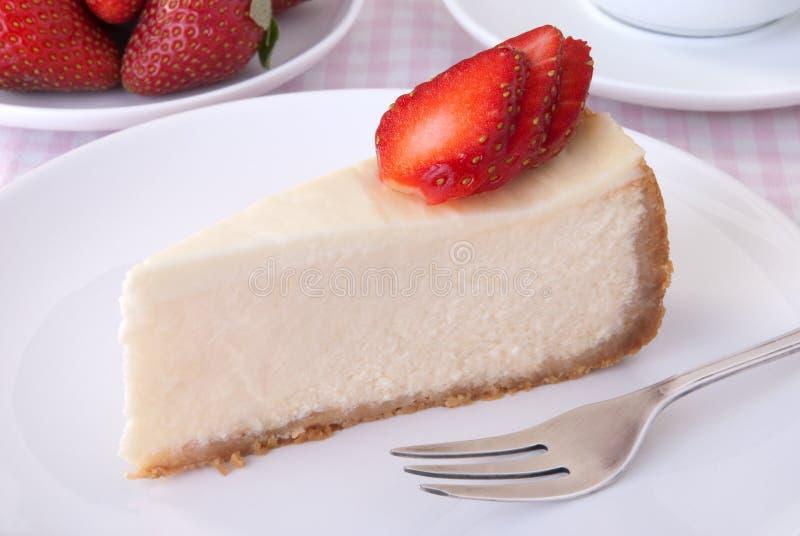 Cheesecake z truskawkami obrazy royalty free