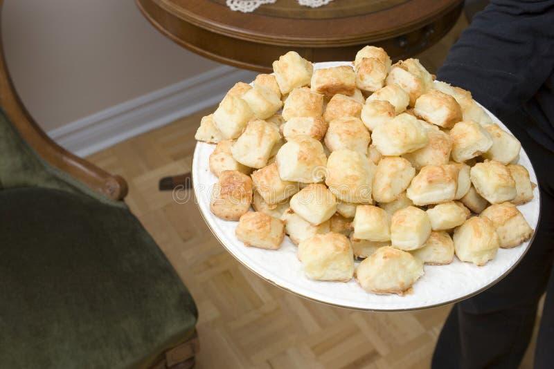 Cheesepuffs fresco de servicio (series de la receta) foto de archivo