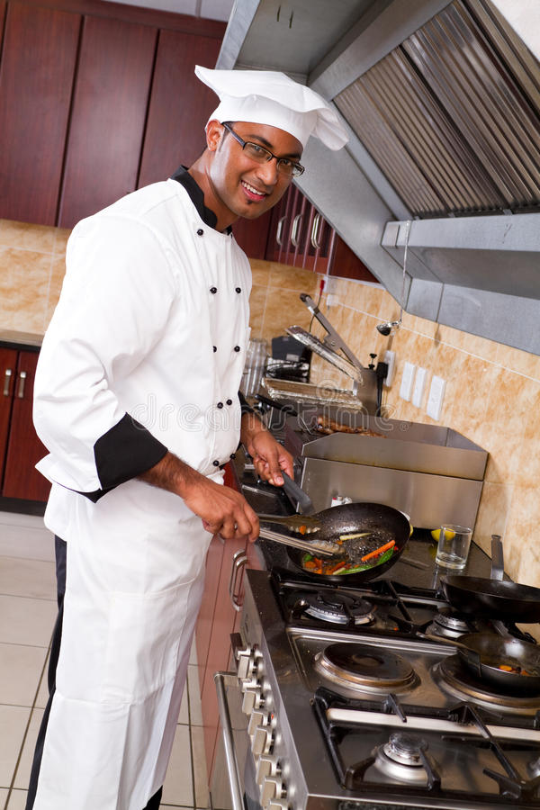 Free Chef Cooking Royalty Free Stock Photos - 14985388