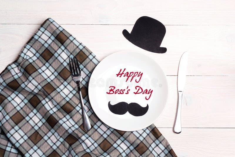 Chef- daglijst die met bestek, hoed en snor op wit w plaatsen royalty-vrije stock foto's