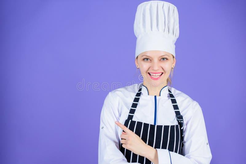 Chef empfehlen sich, etwas zu versuchen Meine geheimen Spitzen kulinarisch Kochen der einfachen und angenehmen Besetzung Geworden stockfotos